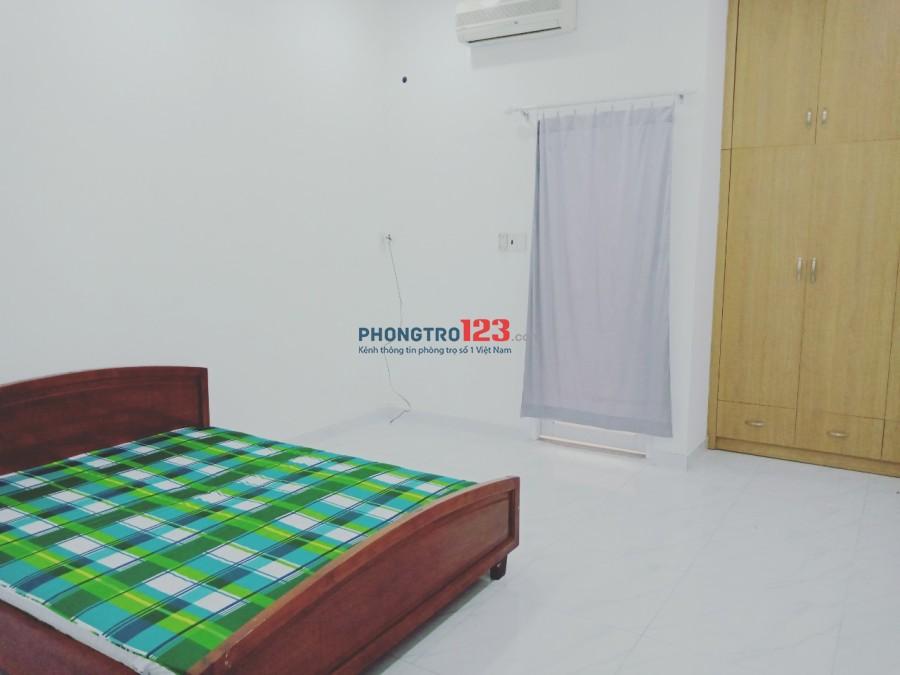 Cho thuê mặt bằng và phòng gần sân bay mặt tiền Lam Sơn, P.2, Q.Tân Bình. LH Mr Đôn