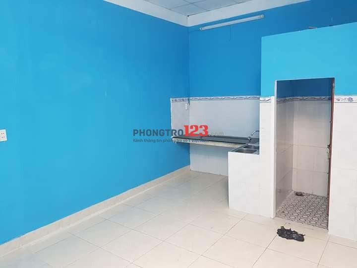Cho thuê nhà nguyên căn, 2PN, 2VS, bếp + nhà ăn, PK