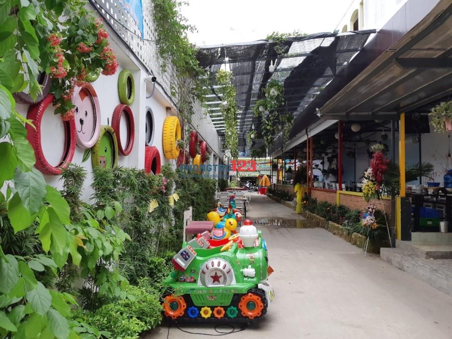 Cho thuê nhà hàng 2260m2 đang kinh doanh mặt tiền Nguyễn Văn Quá, Q.12. LH: Ms Nguyệt
