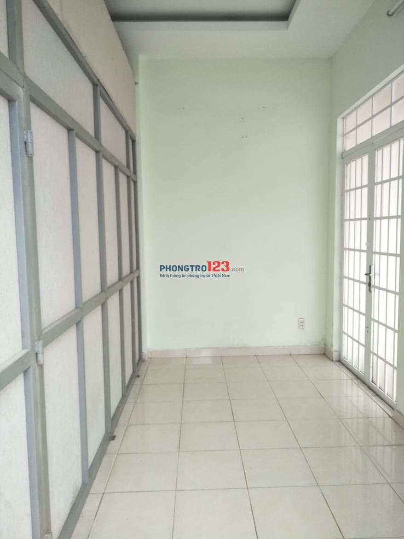 Cho thuê tầng 3 66m2 giá 4,5tr/tháng đường xe tải tại 58/8 Hoa Bằng, P.Tân Sơn Nhì, Q.Tân Phú