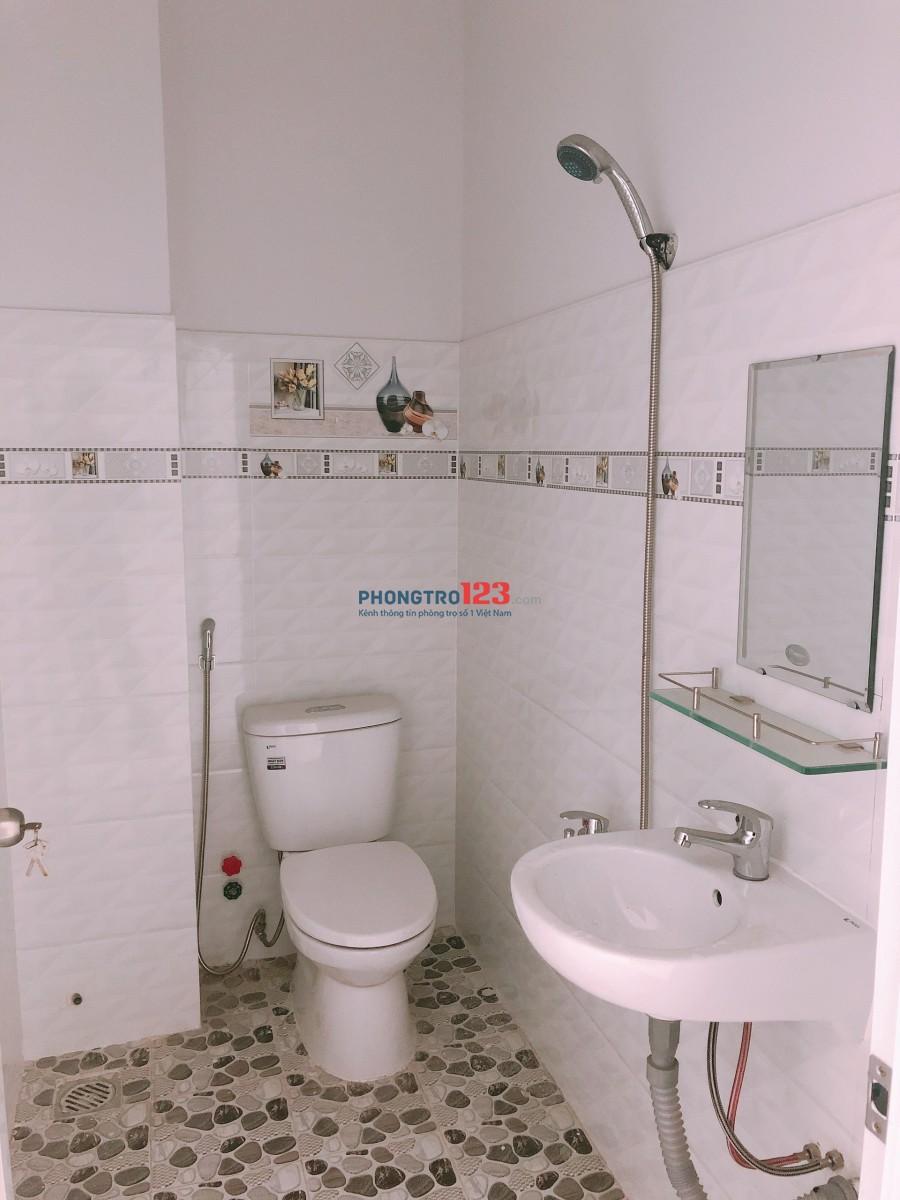 Cho thuê nhà mới 2 lầu 4x7 hẻm xe hơi tại hẻm 154 Âu Dương Lân, Q.8. Lh: Ms Thu 0902529547