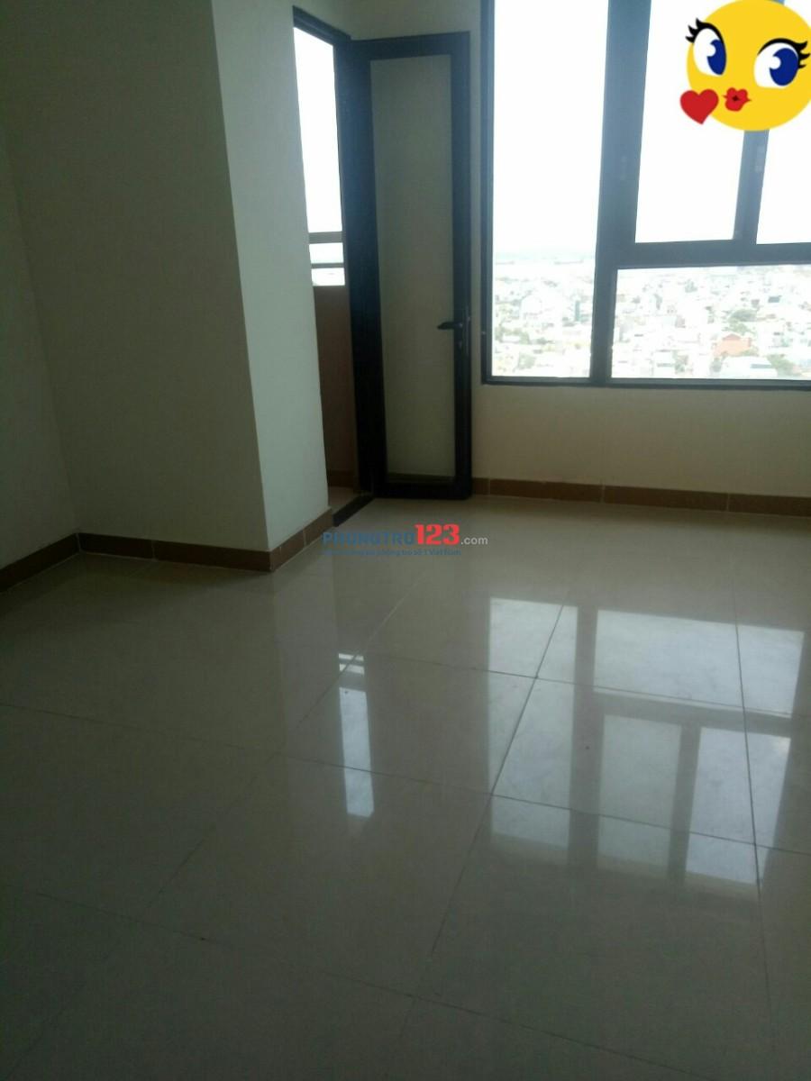 Cho thuê phòng rộng 30m2 đầy đủ tiện nghi trong căn hộ Era Town Đức Khải, giá 3tr5/tháng
