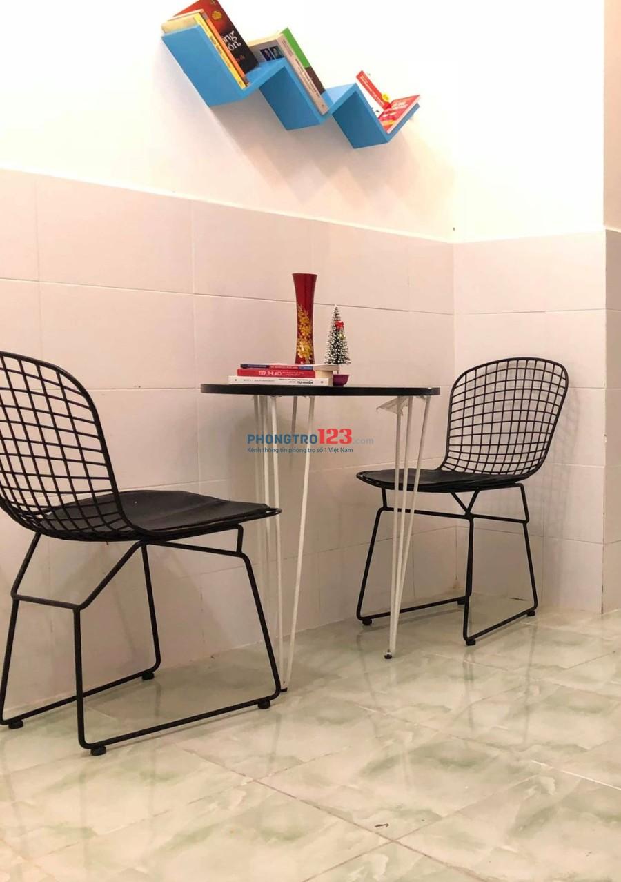 Căn hộ chung cư đầy đủ tiện nghi, không gian vô cùng thoáng mát quận Tân Bình