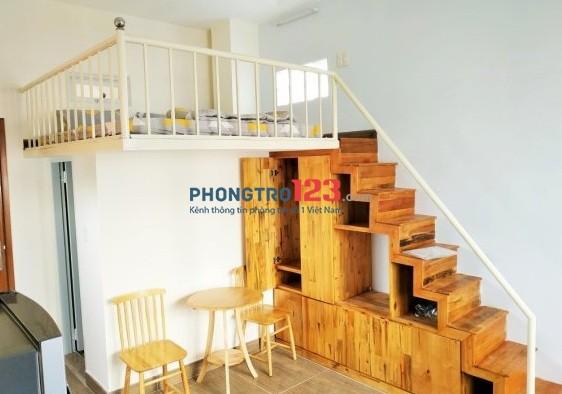 Căn hộ chung cư đầy đủ tiện nghi, không gian vô cùng thoáng mát, ngay chợ Tân Trụ