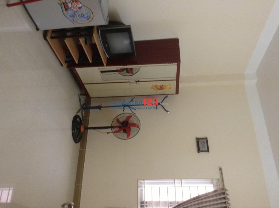 Phòng 20m2, đầy đủ tiện nghi, giá 3 triệu 5, phường 8, quận 3