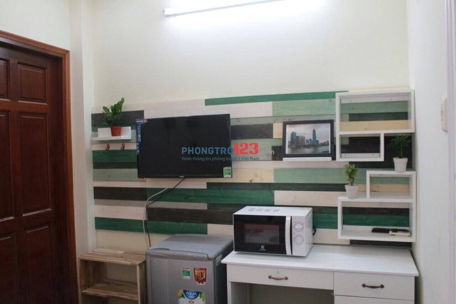Cho thuê Căn hộ studio đầy đủ tiện nghi ngay trung tâm Q1, giá từ 5tr/tháng. LH: Mr Trí