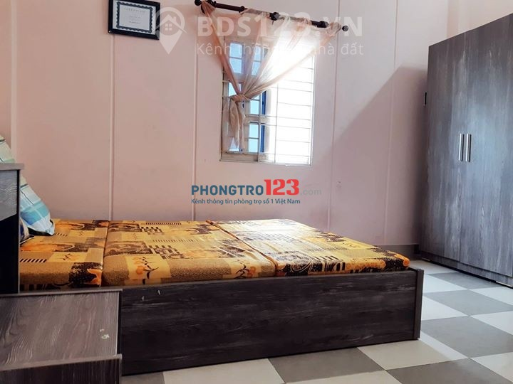 Cho thuê phòng trọ đầy đủ tiện nghi tại 100/16 Trần Hưng Đạo, Quận 1