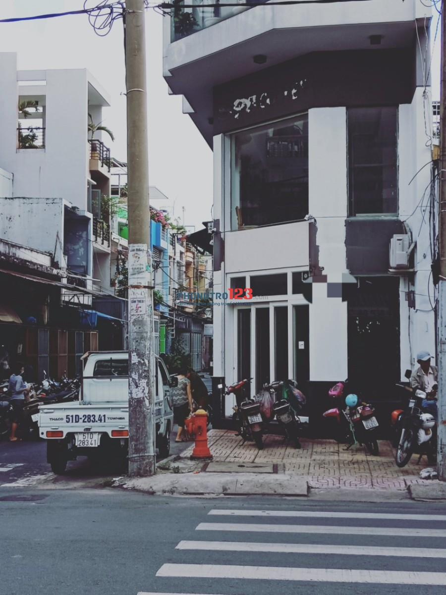 Cho thuê tầng trệt và lầu 1 căn góc 2 mặt tiền Đường Độc Lập Q Tân Phú LH Chú Sáu