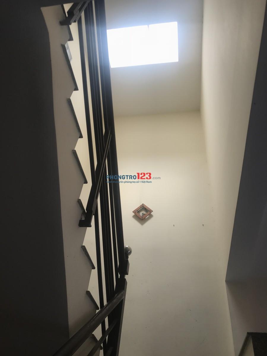 Cho thuê nhà nguyên căn hoặc làm văn phòng - Khu dân cư Bình Thạnh