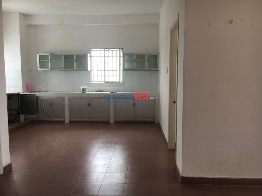 Chính chủ cho thuê căn hộ chung cư Ba Tơ, Q.8, 2PN