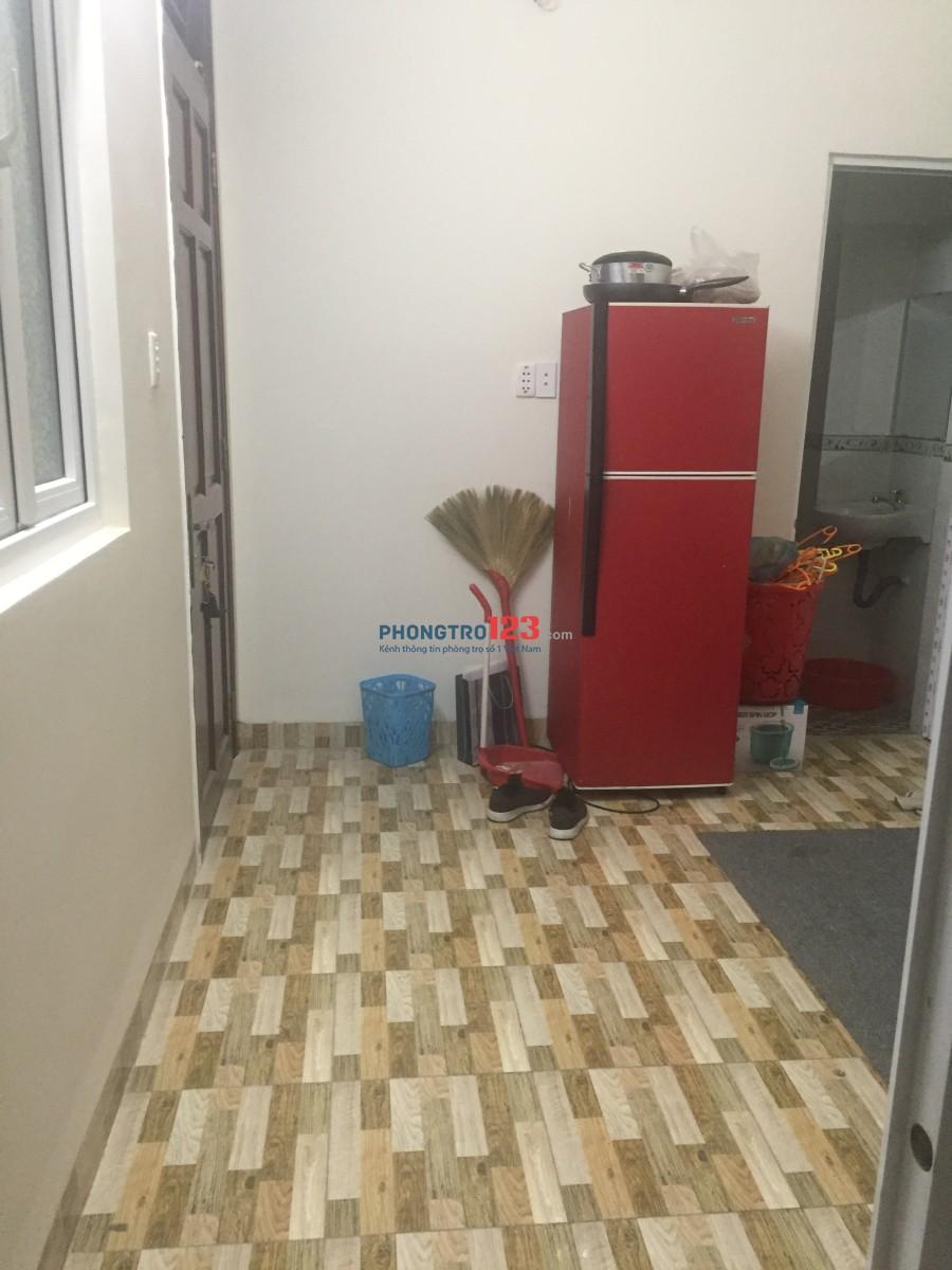 Cho thuê phòng mới xây trong nhà nguyên căn, phòng lầu 2 mới sạch đẹp