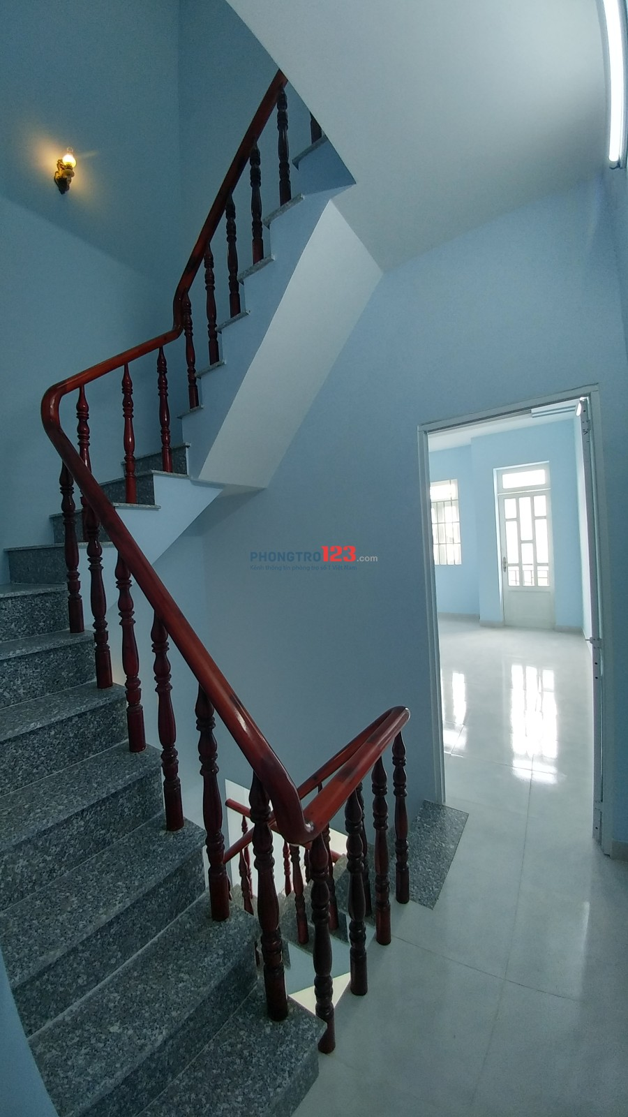 Cho thuê nhà mới nguyên căn, 3 tầng, 4 phòng ngủ, phường 15, quận 8