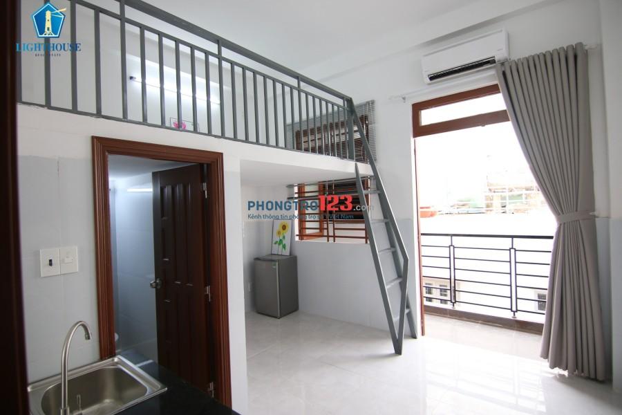 Ngay Cầu Vượt Hoàng Hoa Thám, Cộng Hòa, Tân Bình Thang Máy Như Hình 100%. LH 0898107546