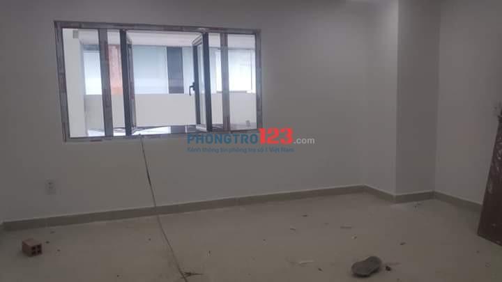 Căn hộ mini 20m2 ngay bệnh viện 115 và gần Vạn Hạnh Mall có máy lạnh nước nóng lạnh, bảo mật vân tay