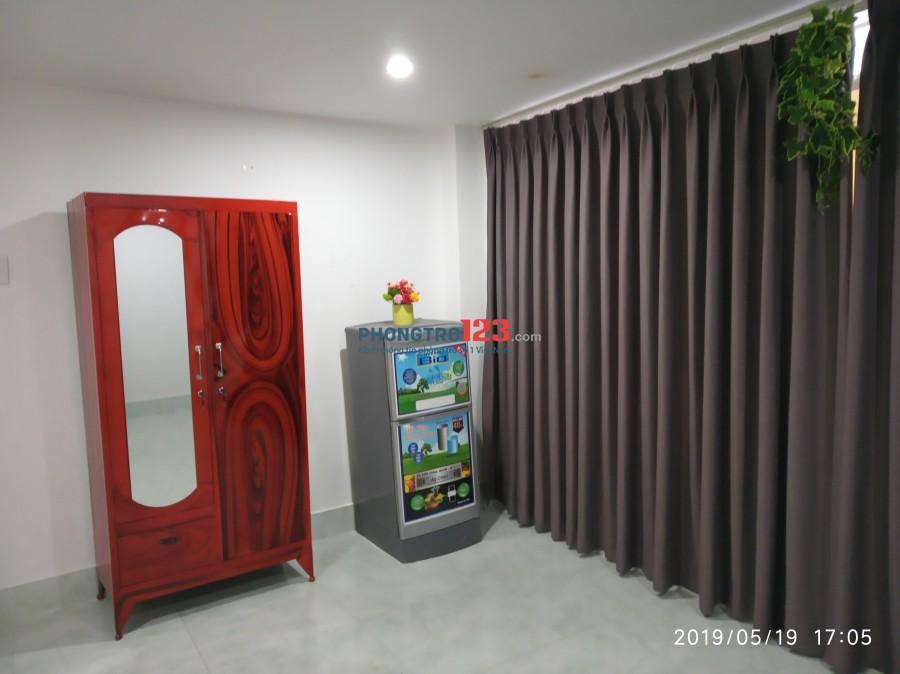 Căn hộ Mini 25m2 có tủ áo kệ bếp máy lạnh ngay Aeon Tân Phú
