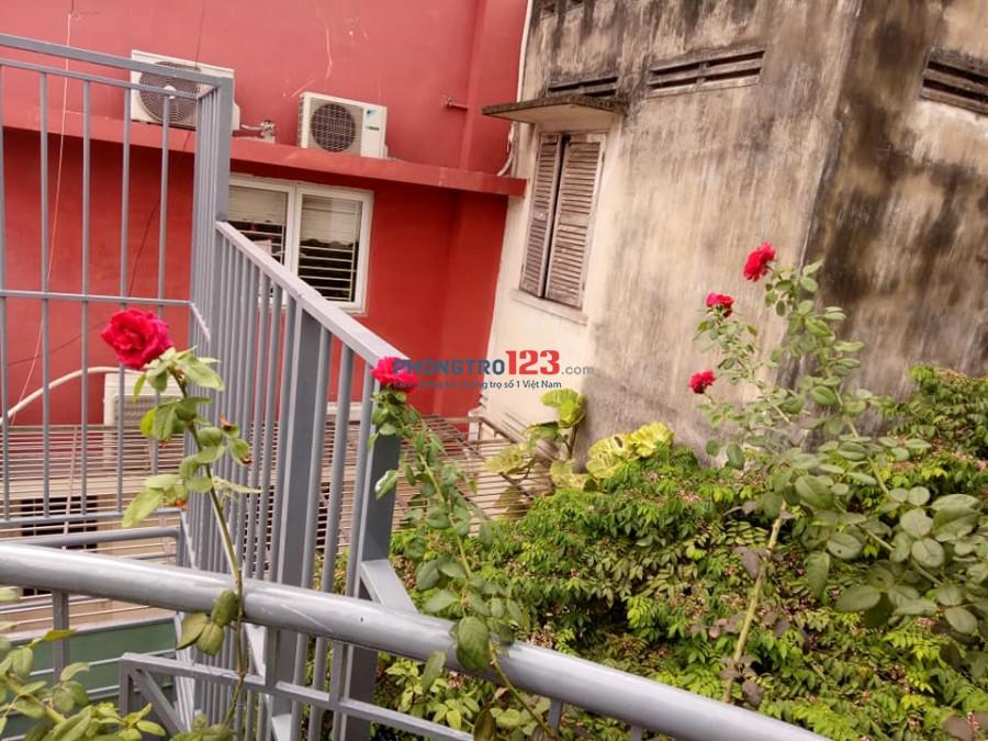 Phòng trọ Quận 1 gần công Viên Lê Văn Tám