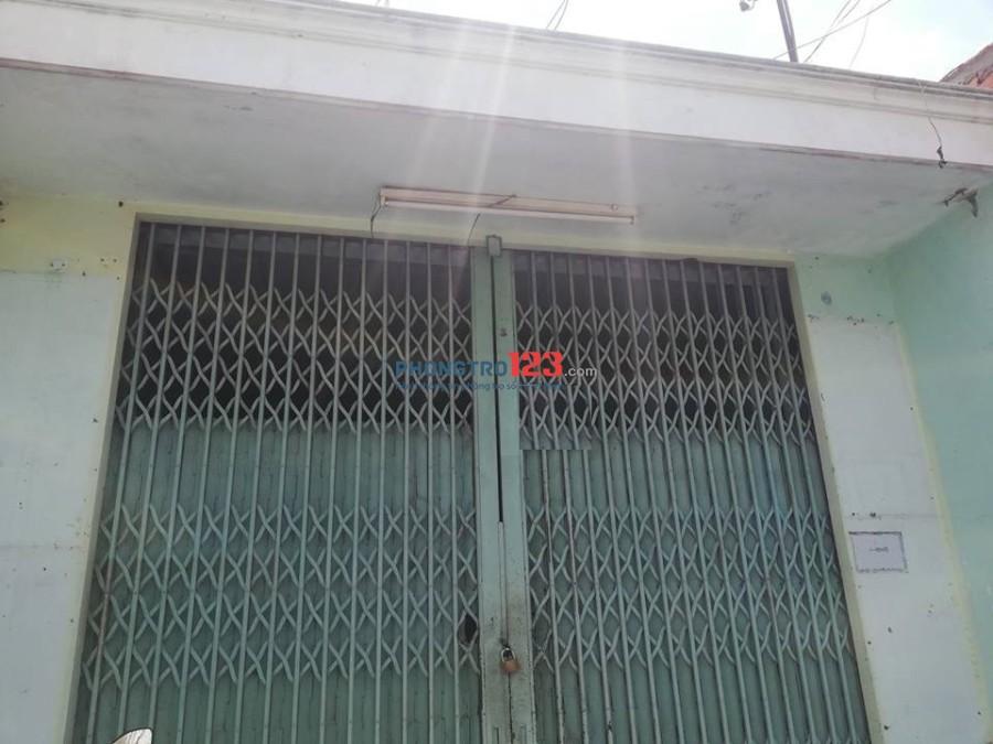 Nhà 2 MTKD Bình Long (đoạn sung nhất) 4x30m, 1L, 20tr, Q.Tân Phú