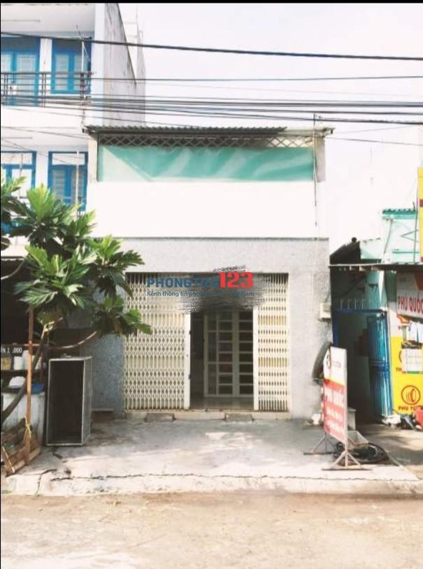 Cho thuê nhà mặt tiền 100m2 Ngay KCN Tân Tạo, Q.Bình Tân, giá 9tr/tháng. LH Mr Long