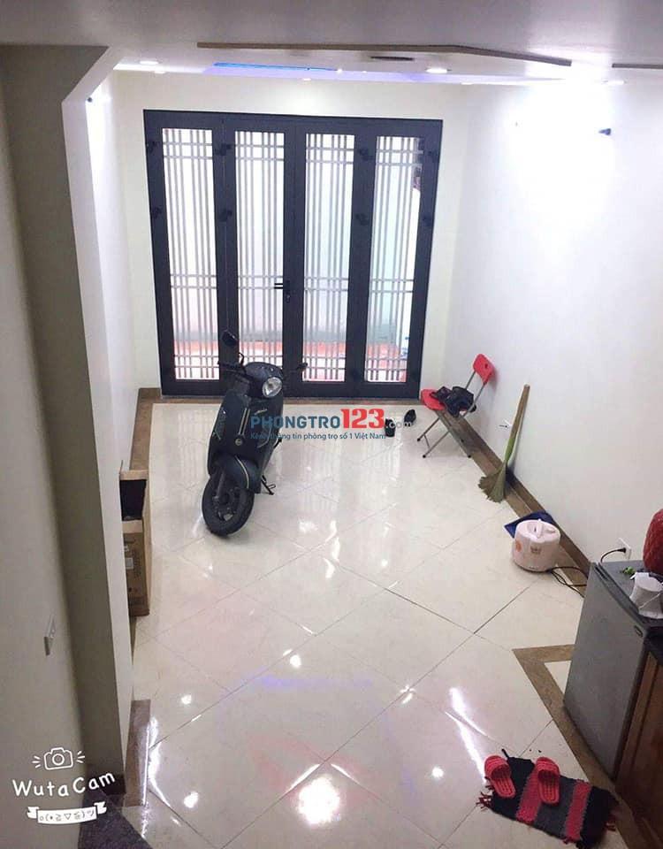 Chính chủ cho thuê chung cư mini siêu đẹp ngõ 53 tổ 8 Đa Sỹ, Hà Đông 2,5 triệu nguyên tầng