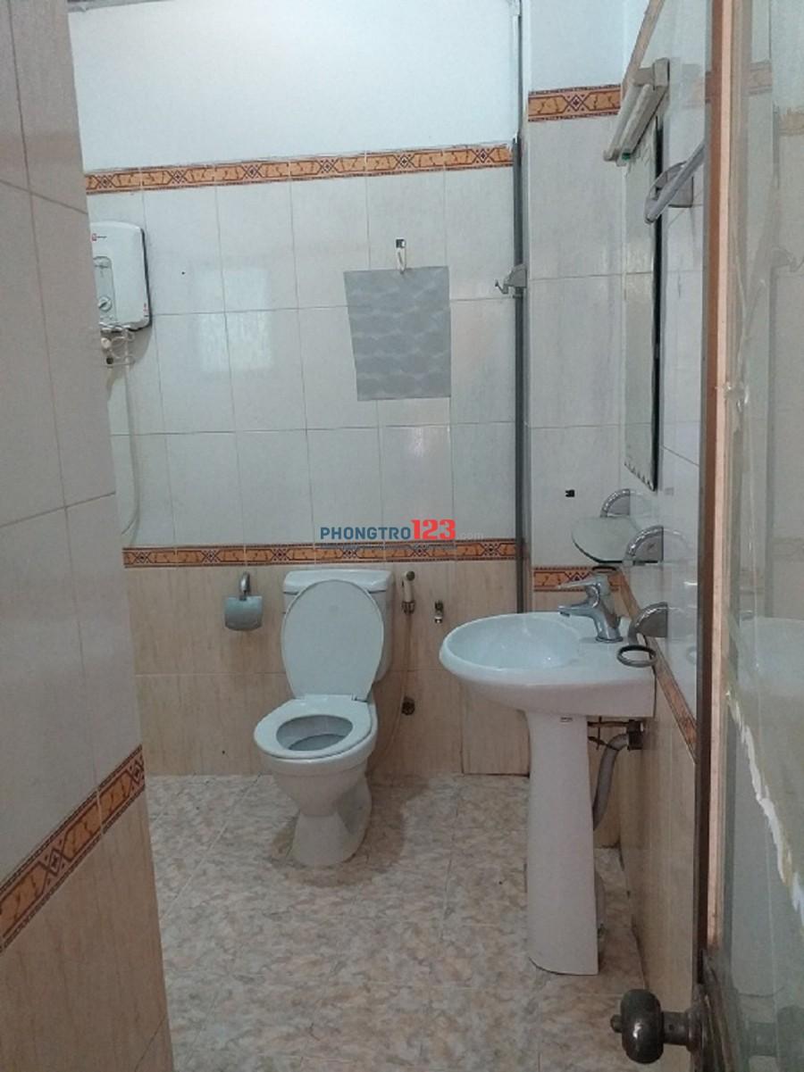 Cần cho thuê căn hộ dịch vụ full nội thất-DT 30M2- giá 4,8 tr- 86 Hoàng Văn Thụ, P.9, Phú Nhuận