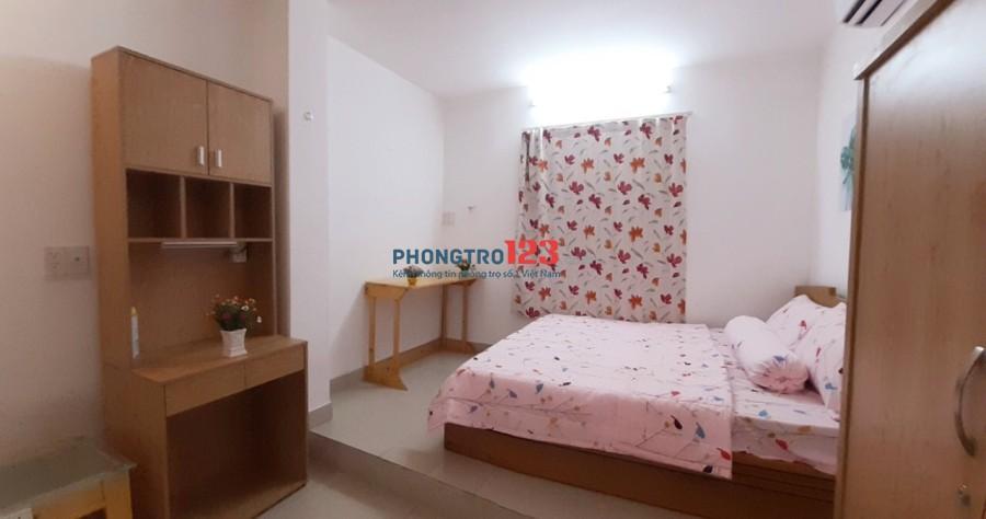 Cho thuê căn hộ đầy đủ nội thất cao cấp Lê Văn Sỹ, quận 3 gần chợ Nguyễn Văn Trỗi an ninh tốt