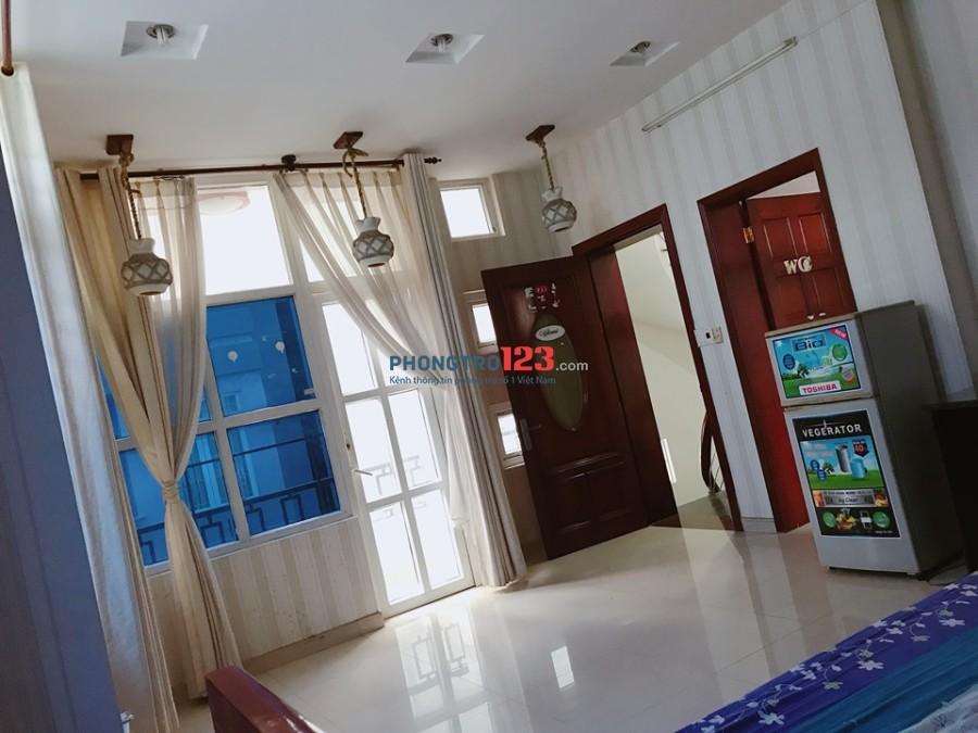 Phòng 50m2 biệt thự, 5 triệu, full nội thất, có cửa sổ, giờ tự do
