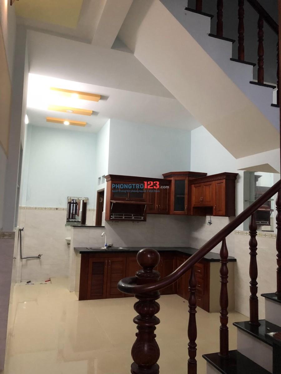 Cho thuê nhà 1 lầu đường nội bộ 8m số 80 Đường số 6, P.Bình Hưng Hòa A, Q.Bình Tân Ms Phong