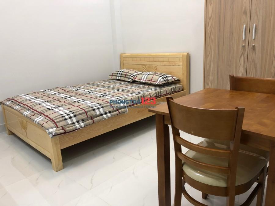 Phòng đẹp 15m2 có nội thất bếp nấu, wc cao cấp tại hẻm Tôn Đản, Q.4. Giá 4tr5/tháng
