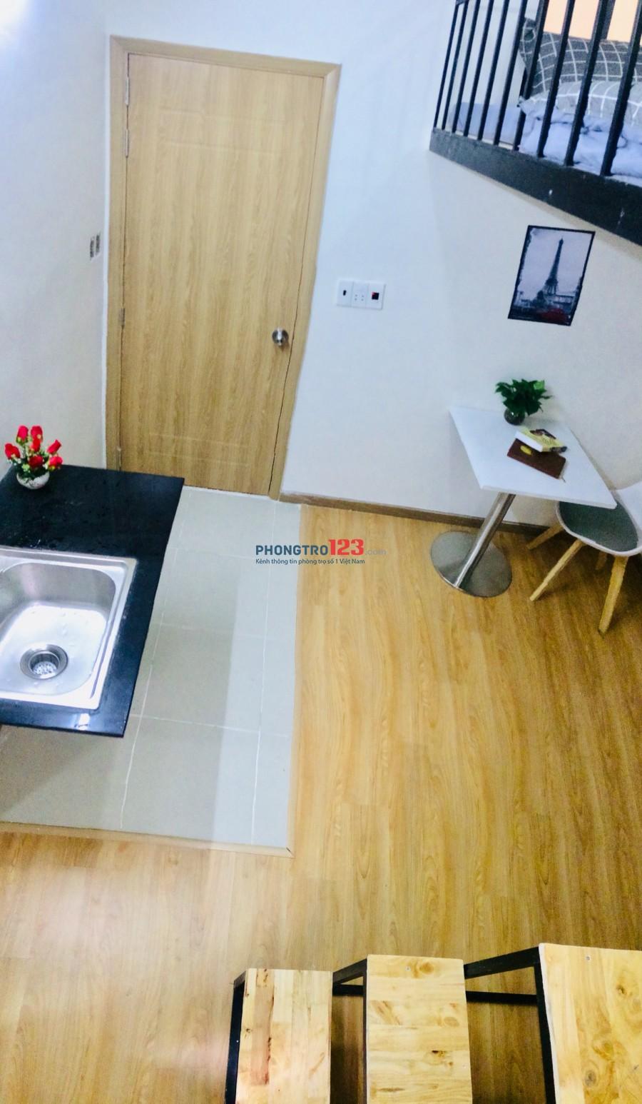 Phòng cao cấp Nơ Trang Long, đầy đủ tiện nghi, đẳng cấp và sang trọng