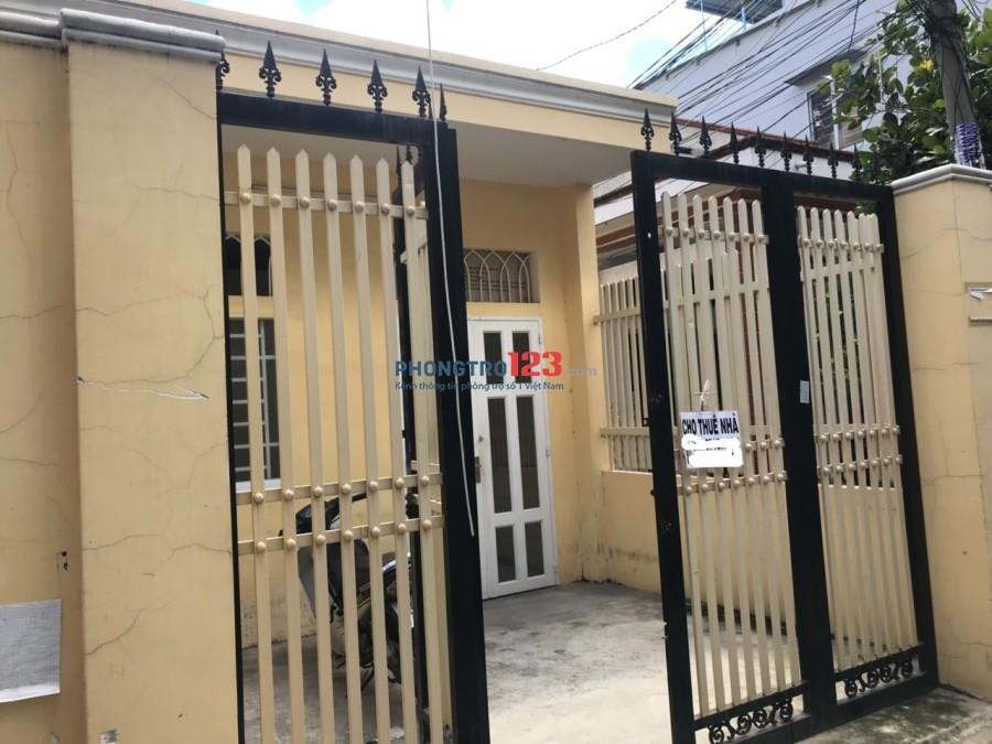 Nhà Nguyên Căn Quận 12 80m2 2pn, 1 phòng khách, toilet & nhà bếp