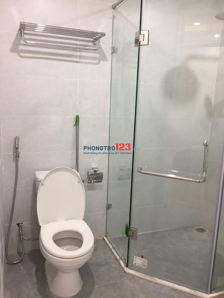 Cho thuê Chung cư FLC Complex 36 Phạm Hùng, 115 m2, 3 ngủ, full đồ. Lh 0395568851
