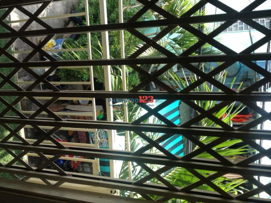 Cho thuê nhà nhỏ nguyên căn hẻm Bà Hom gần chợ Phú Lâm - 4.500.000 đ/tháng hẻm 5m
