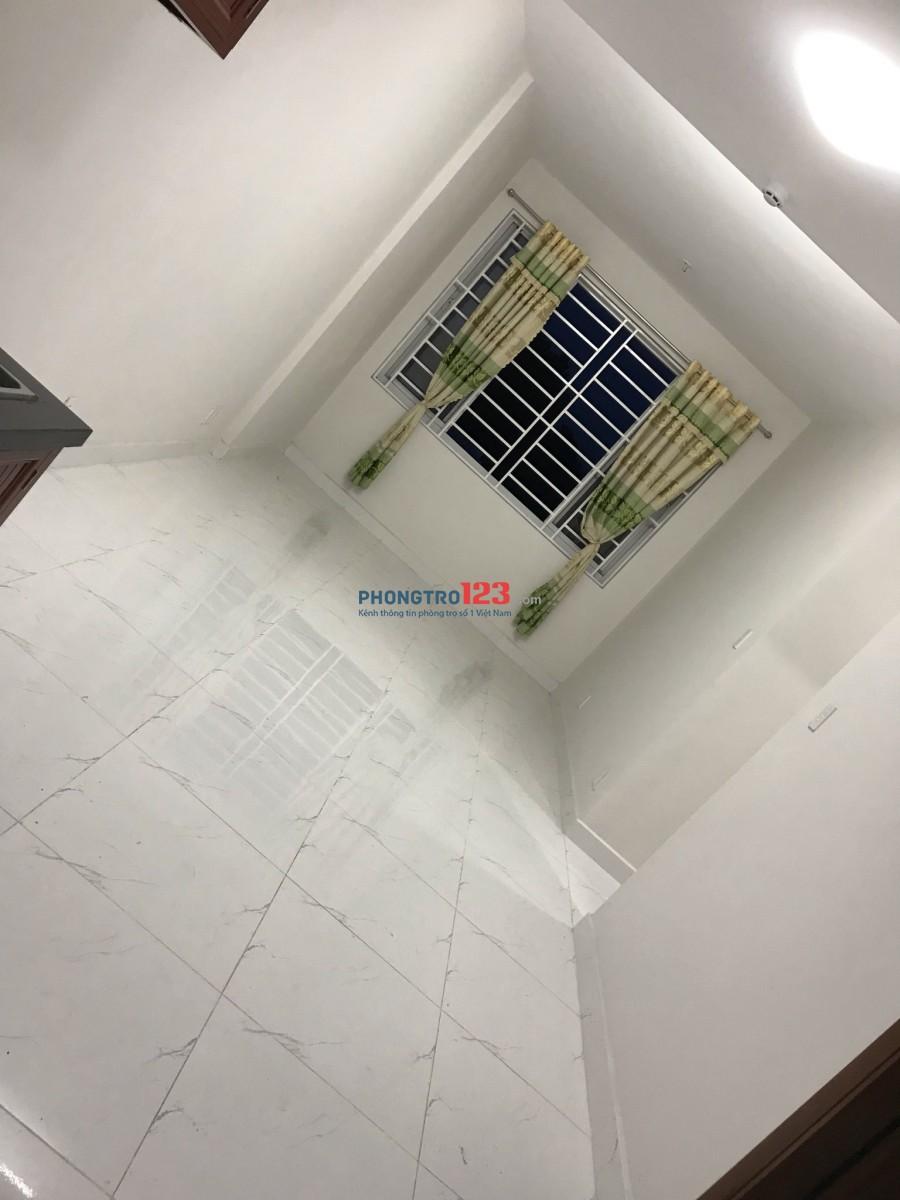 Cho nữ thuê lại phòng trong căn hộ chung cư Felix Homes