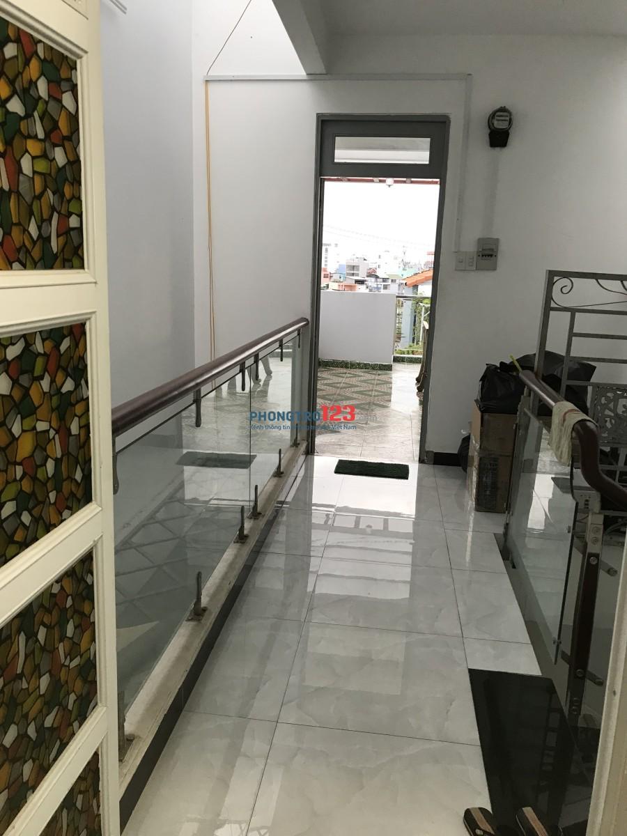 Phòng cao cấp đủ nội thất tại P.13 - Tân Bình