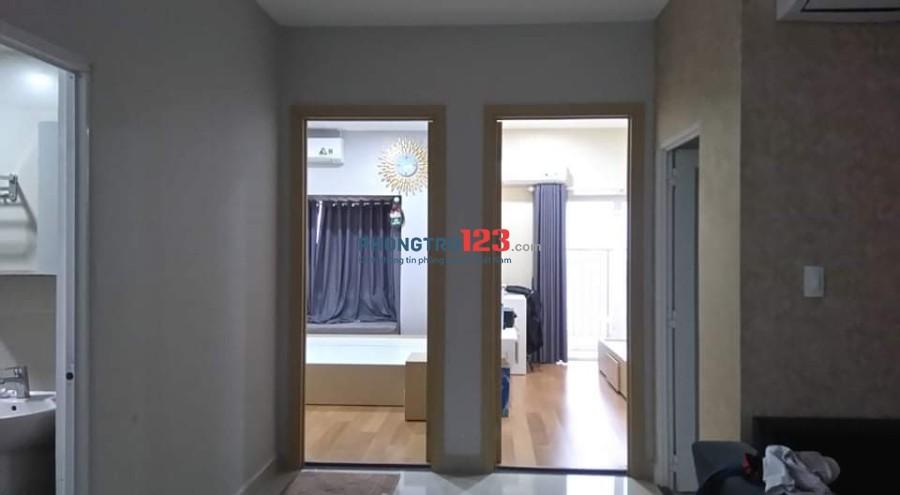 Cho thuê căn hộ Oriental Plaza diện tích 88m2 (môi giới xin đừng gọi)