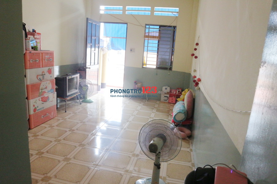 Tìm 1 nữ ở ghép - 1 triệu - quận Tân Bình