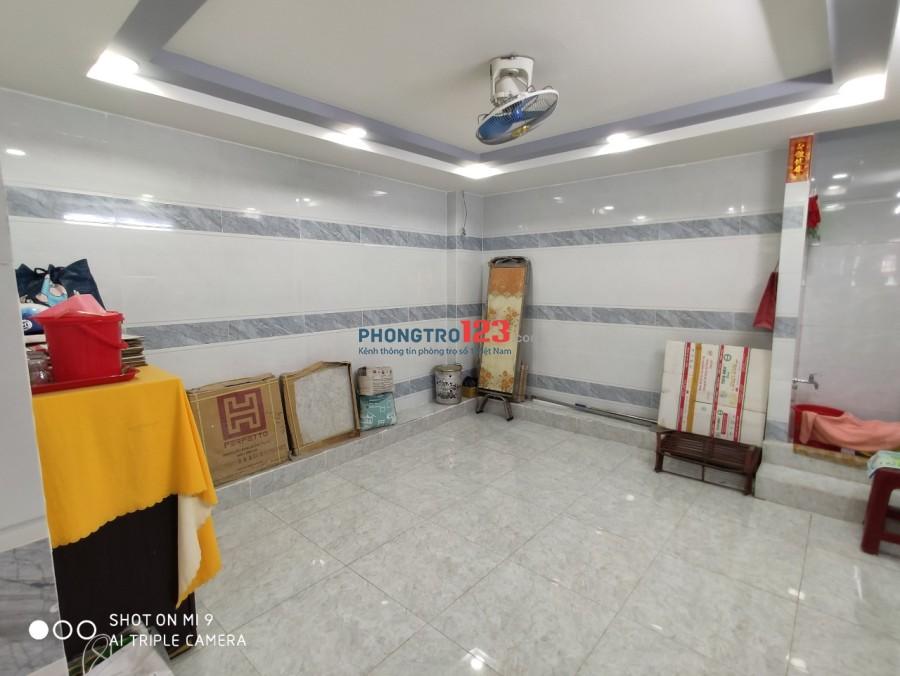 Cho thuê mặt bằng và tầng 1 hẻm 391 Trần Hưng Đạo, P.Cầu Kho, Q.1. Lh Ms Mỹ 0908595693