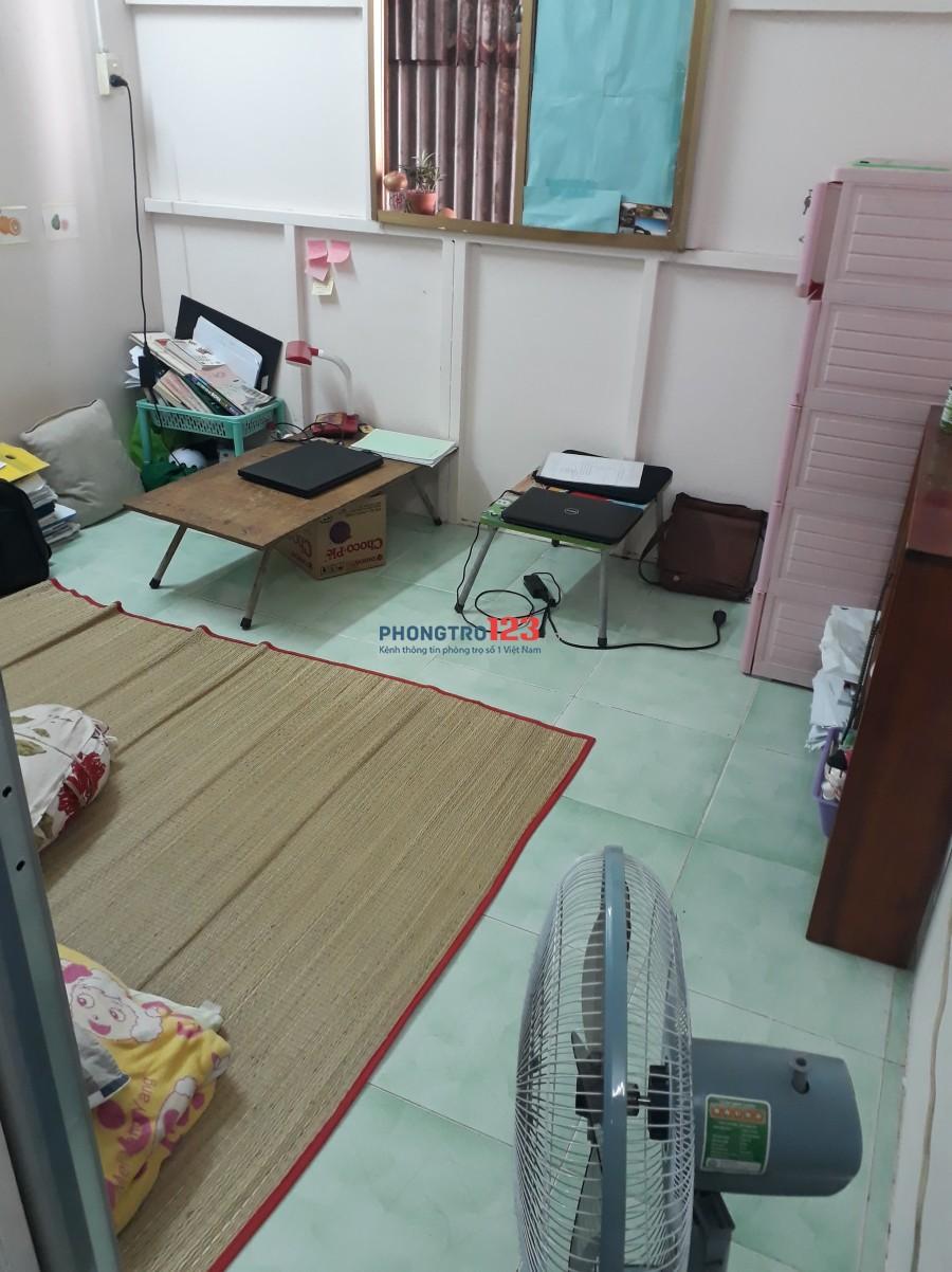 Phòng trọ trong nhà nguyên căn Q.3 giáp Q.10 hẻm 2m