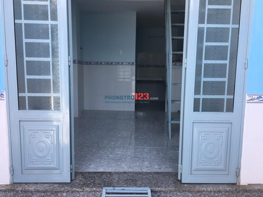 Cho thuê nhà nguyên căn mới xây đường 160 Lã Xuân Oai, Quận 9