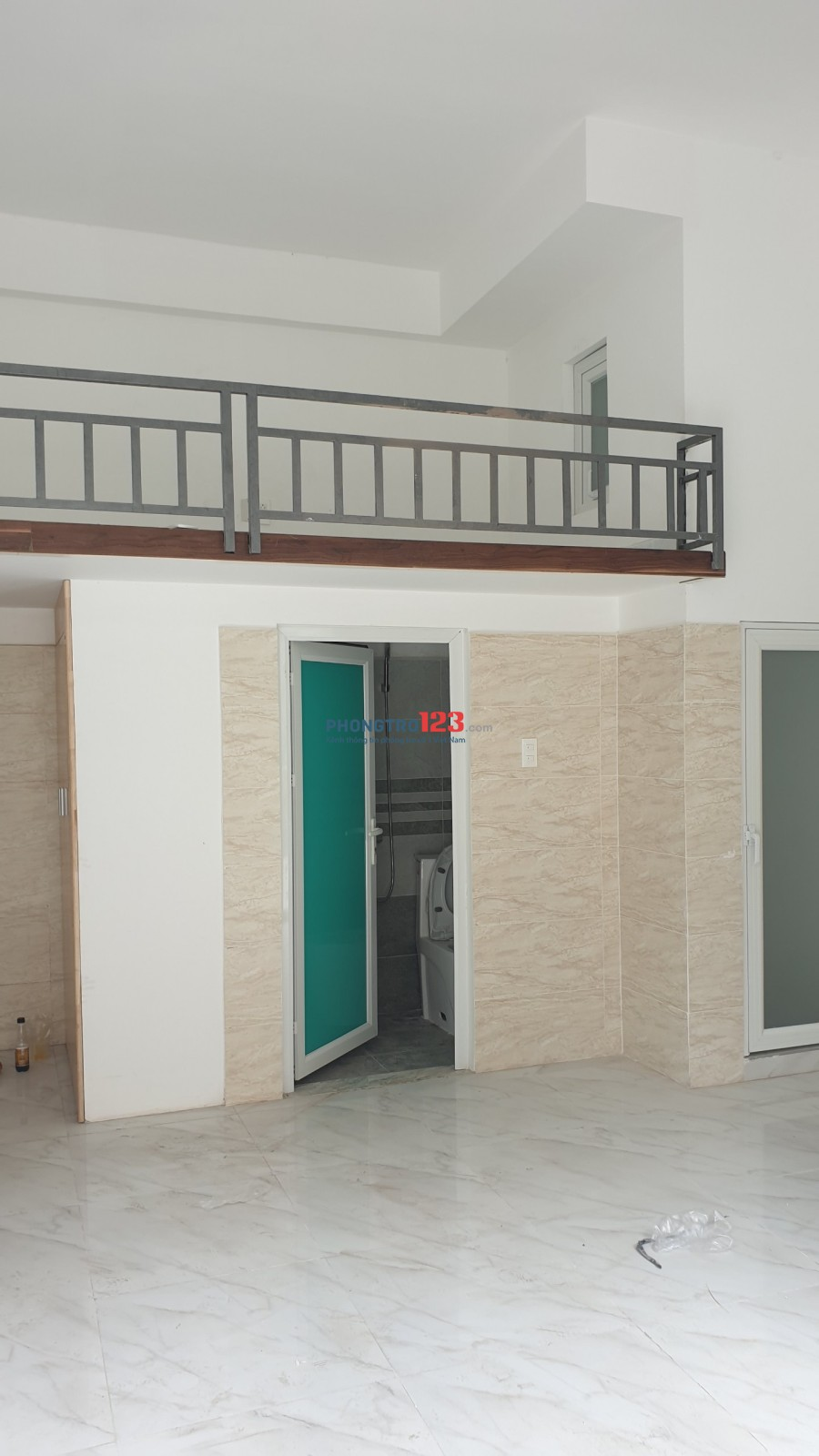 Cho thuê phòng mới xây  xong Phạm Văn Đồng