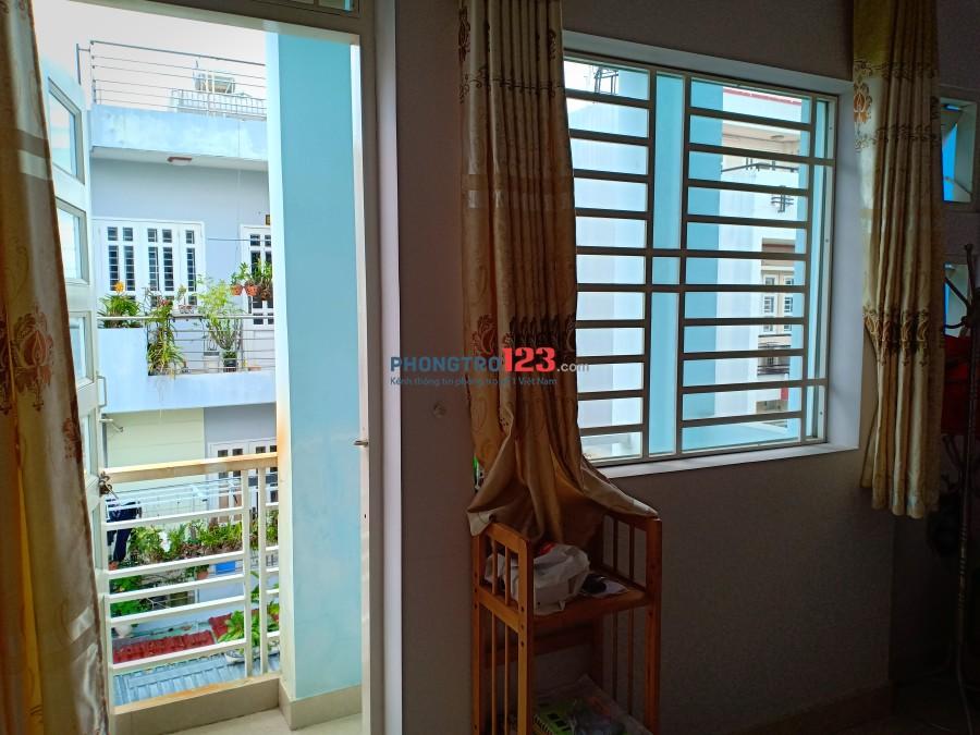 Phòng cho thuê 16m2, thoáng mát, wifi miễn phí. Giá 2.000.000đ