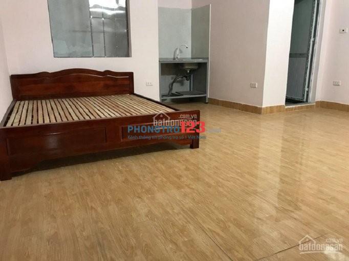 Nhà trọ 30m Vương Thừa Vũ, phòng đẹp, khép kín full điều hòa, máy giặt