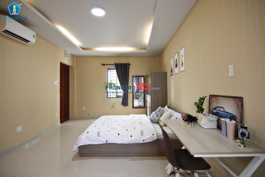 Penhouse 50m2 2 phòng ngủ ngay cầu Nguyễn Văn Cừ giáp Quận 1