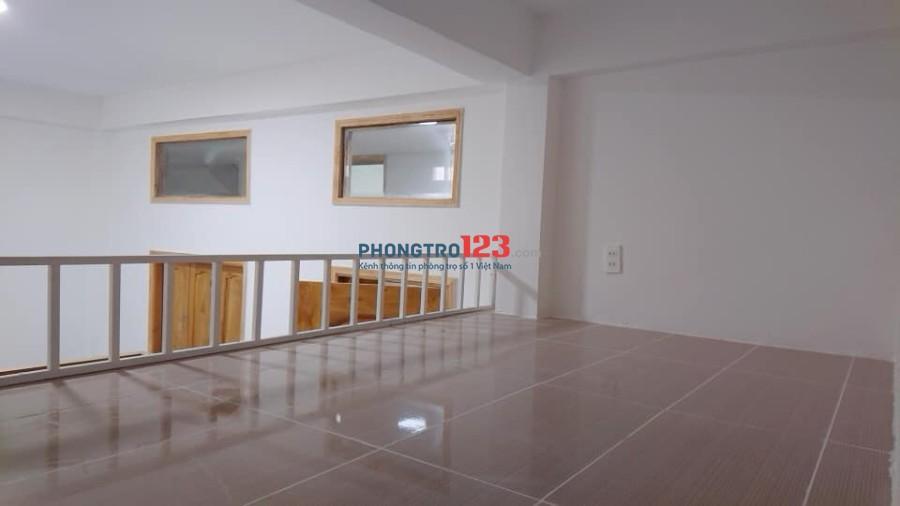 HOT  HOT HOT - Phòng cao cấp mới xây, sẵn nội thất, dt 30m2 ngay đường Cống Lở, Tân Bình