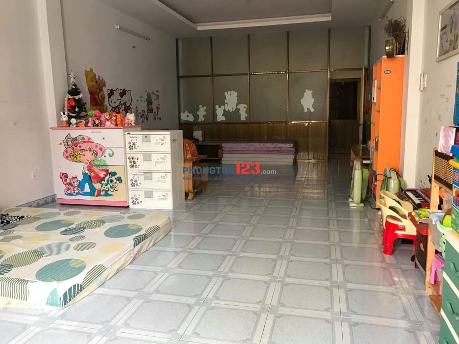 Cho thuê nhà ở Vườn Lài, Tân Phú 1 lầu 2 tolet