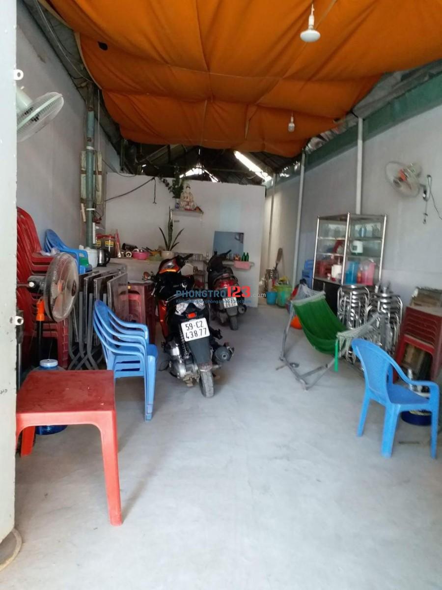 Cho thuê mặt bằng 34/93 Trần Bình Trọng, P.1, Q.5 có wc riêng, giá 5tr/tháng. LH Ms Quế