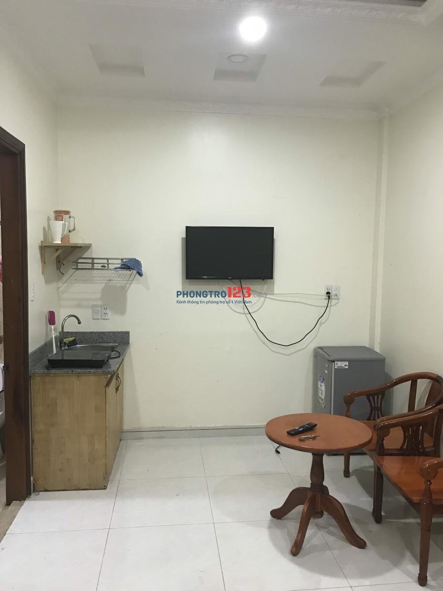 Cho thuê phòng Full nội thất đường Nguyễn Văn Nguyễn - Q1 giá 6tr/phòng LH: 0909921790