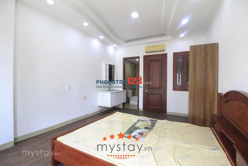 Phòng mới đẹp cho thuê Nguyễn Hữu Cảnh cách Quận 1 5 phút