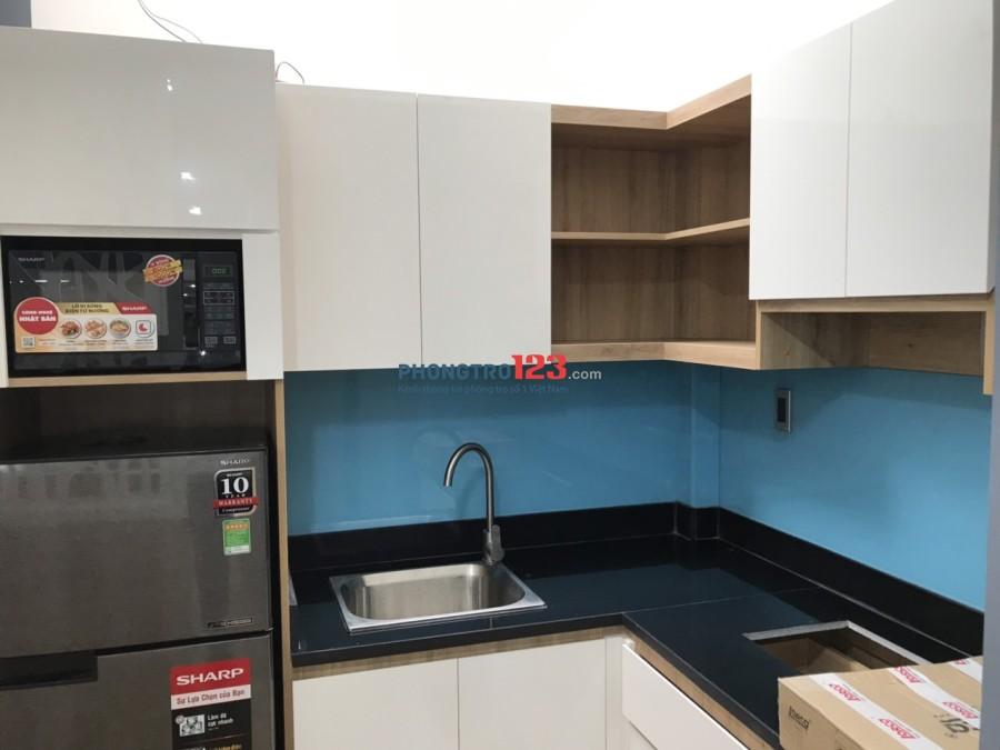 Căn hộ mini mới xây full nội thất, ban công ngay Nguyễn Bỉnh Khiêm, Q.1