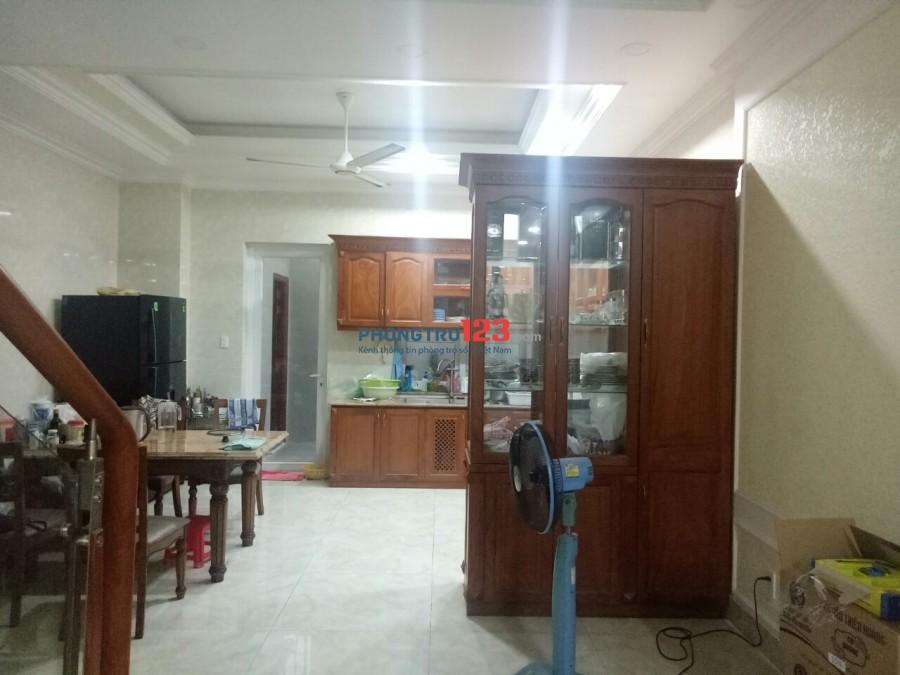 Cần cho thuê gấp biệt thự cao cấp liền kề PMH, full nội thất, SD: 250m2, giá 30tr/tháng (giá tốt)